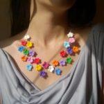 Colier flori de mar colorate, coliere cu flori, coliere elegante cu flori, set coliere cu flori, bijuterii cu flori, bijuterii cu flori colorate