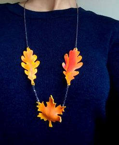 coliere cu frunze de toamna